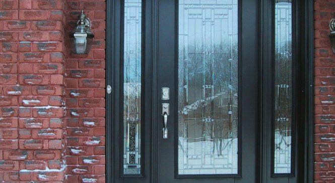 Отделка для входных металлических дверей